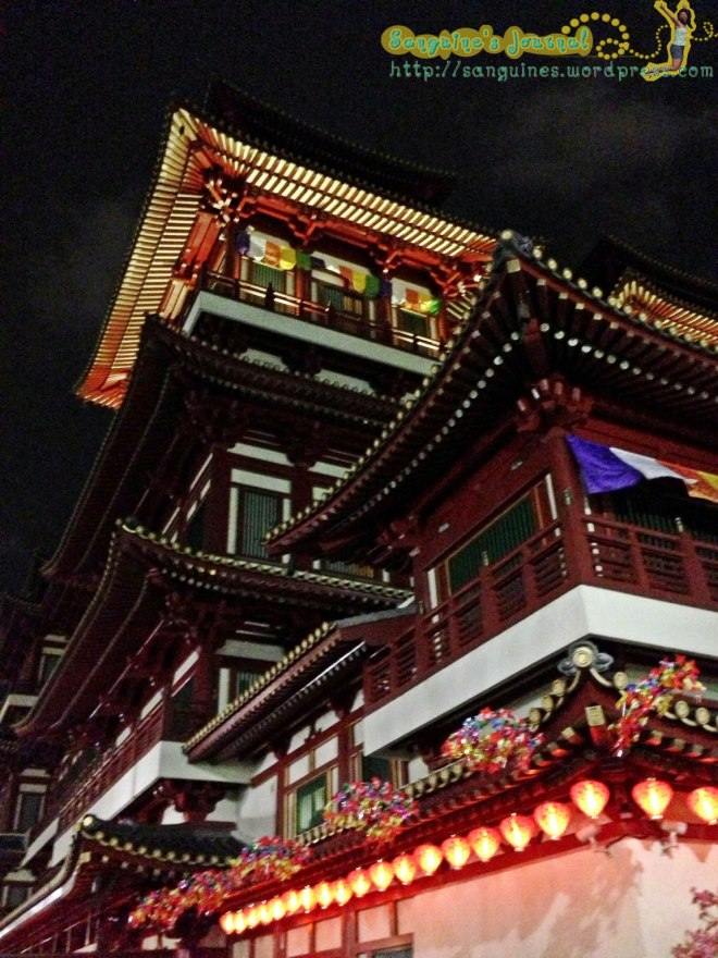 Buddha Tooth Relic Temple at Chinatown