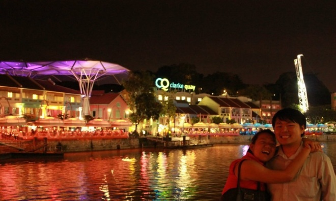 Bagusnya Clarke Quay waktu malam