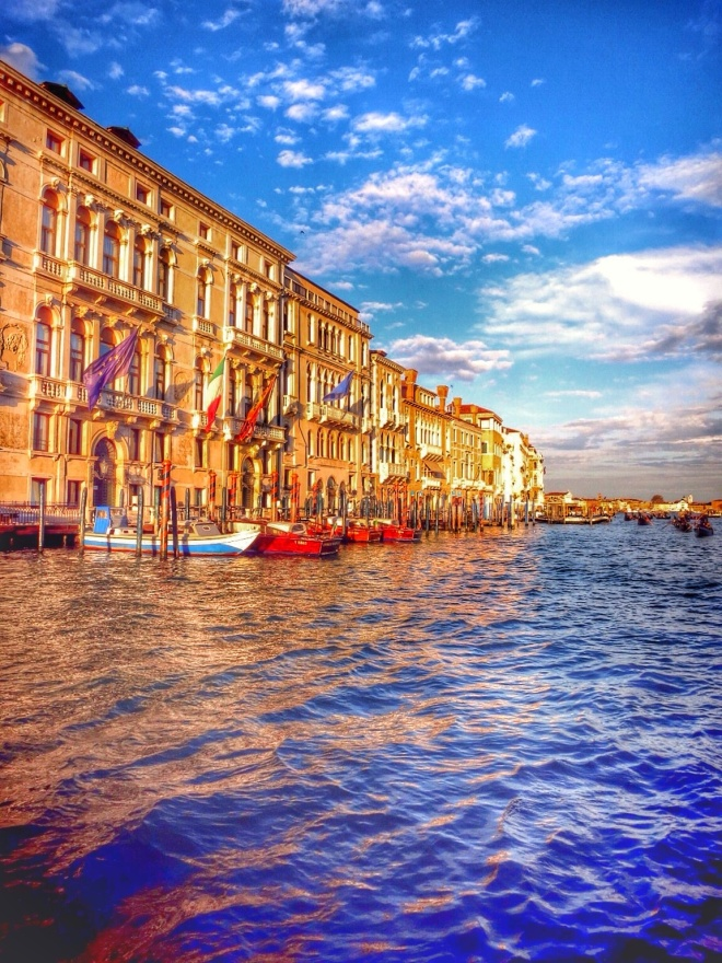 The most beautiful shot of Venice. It looks 100x better in sunset.
