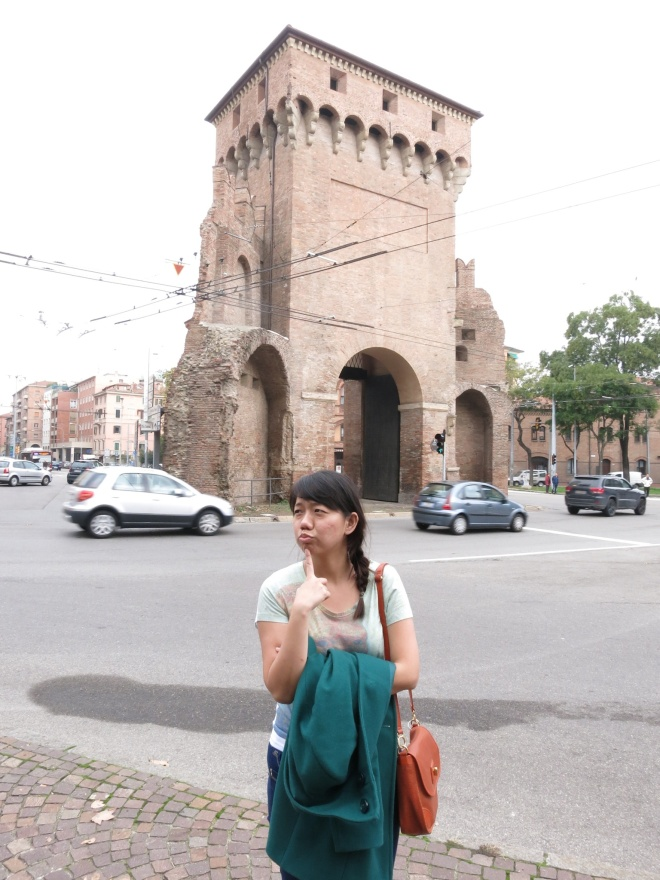 Somewhere in Bologna, on the mission to find pasta fresca, but in the end we ate frozen pasta. Bummer.