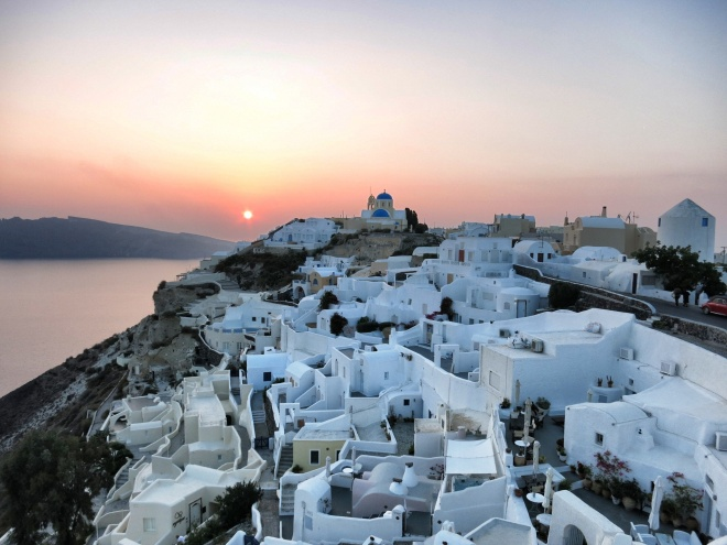 The last sunset in Santorini. I will surely see you again!